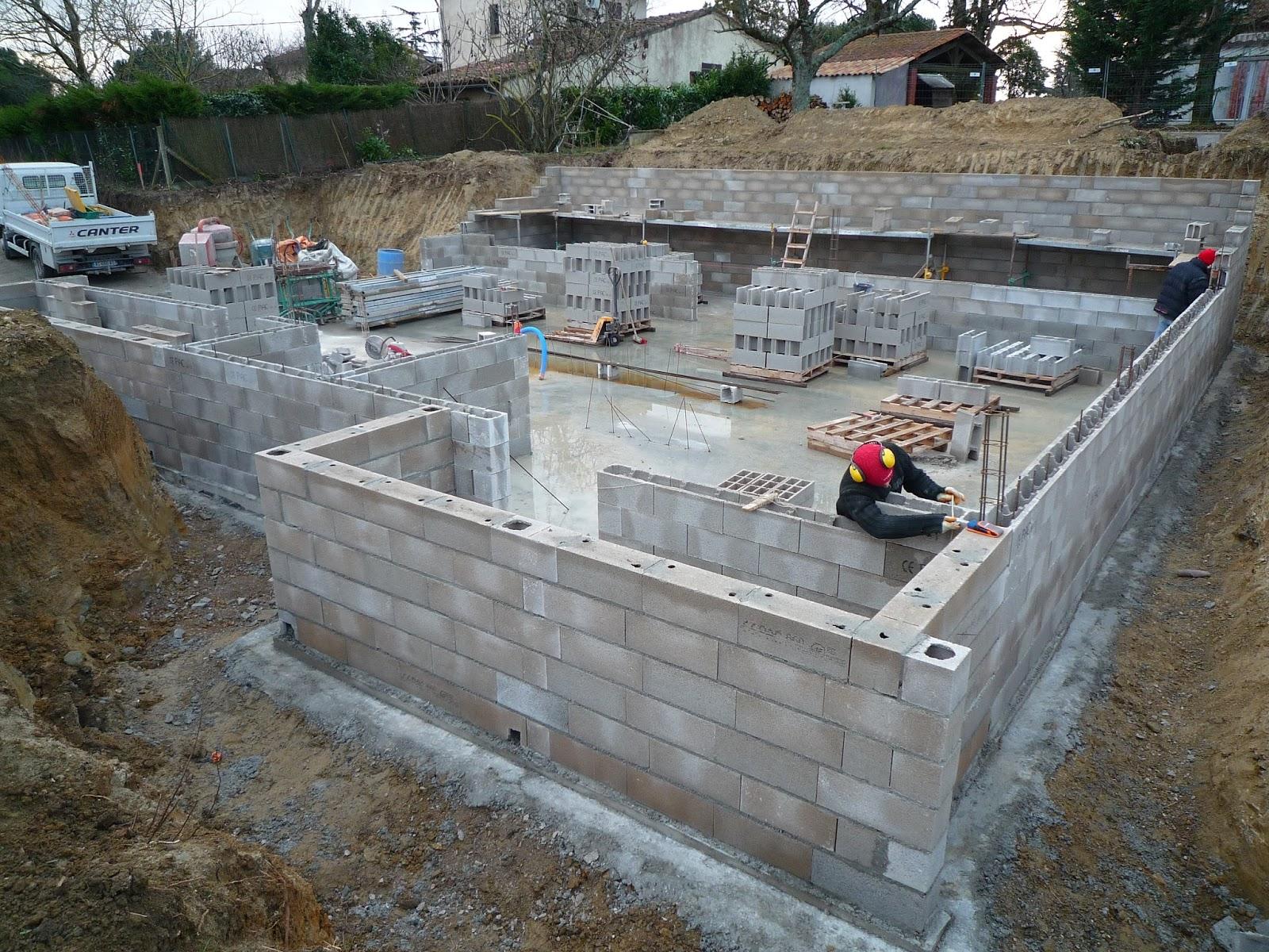 Notre maison en haute garonne un grand sous sol for Maison container sous terre