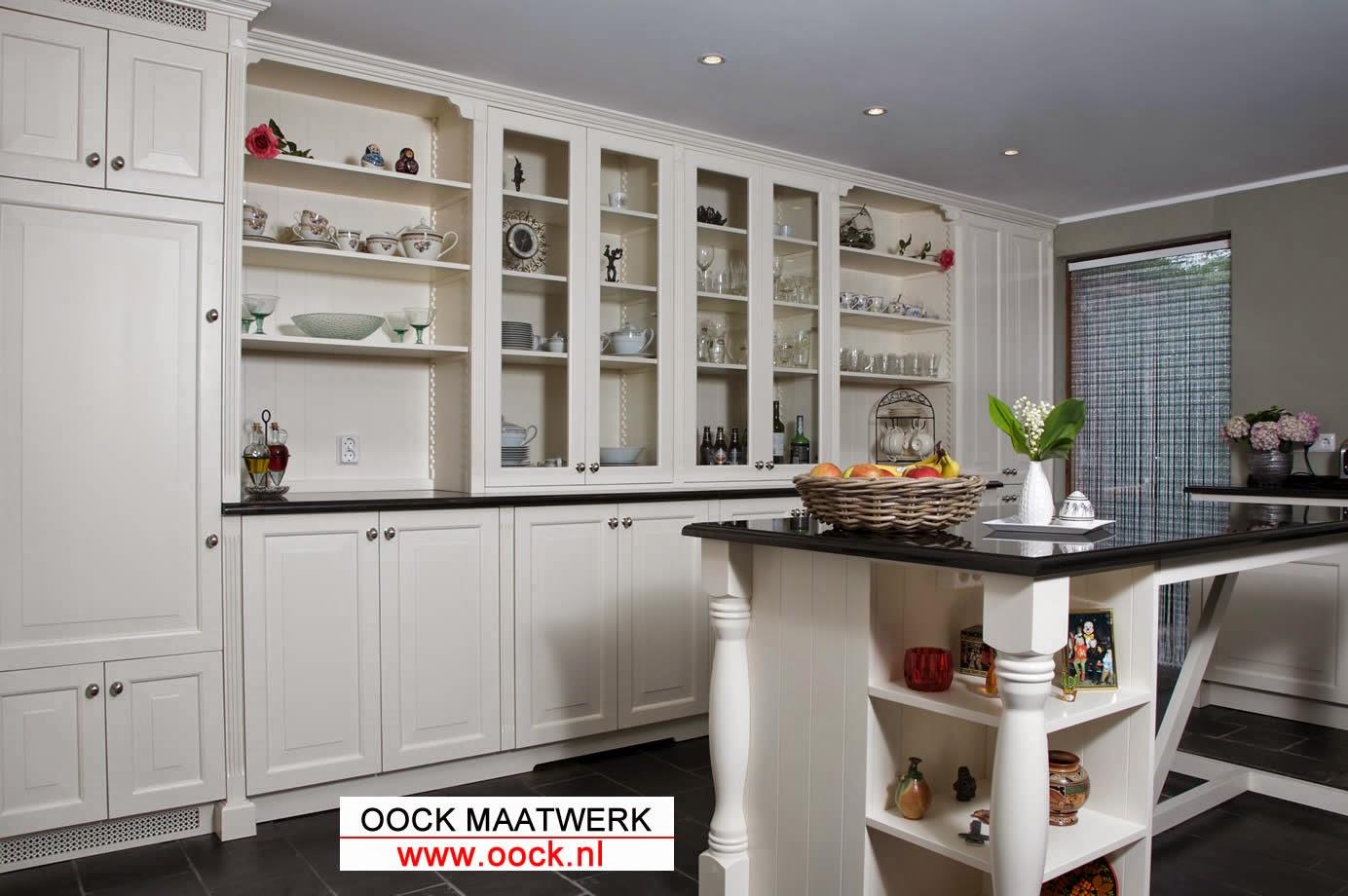 Houten keuken: Keukens op maat - klassiek en landelijk