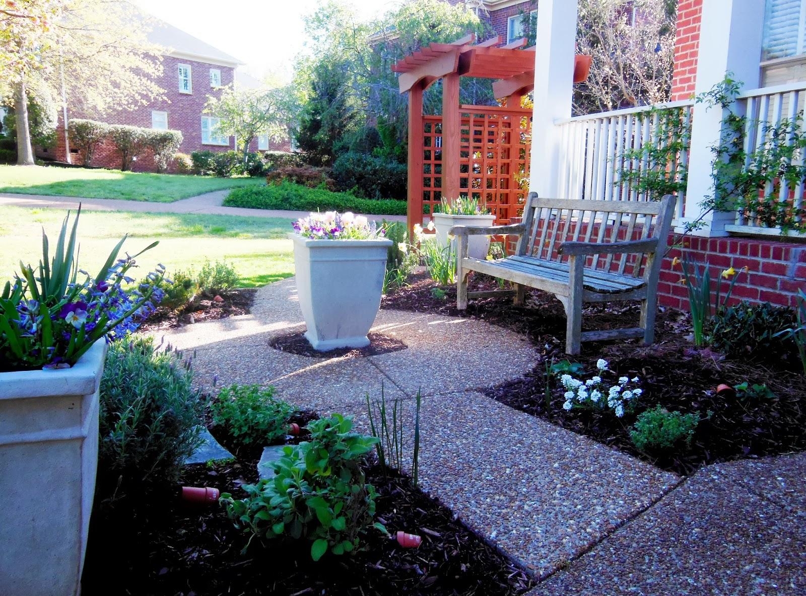 Craftsman style garden lavender blue garden design for Craftsman style garden designs