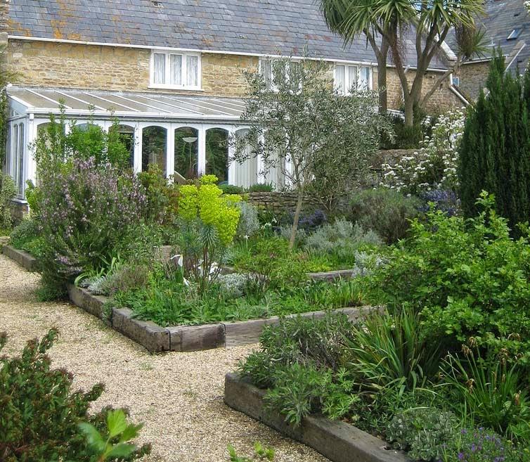 Arte y jardiner a dise o de jardines seleccionar un estilo for Diseno jardin mediterraneo