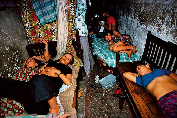 devushki-v-egipte-arestovannie-za-prostitutsiyu