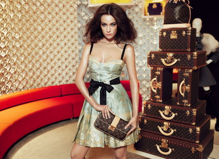 Louis-Vuitton-Limited-Edition-Sari-Dress