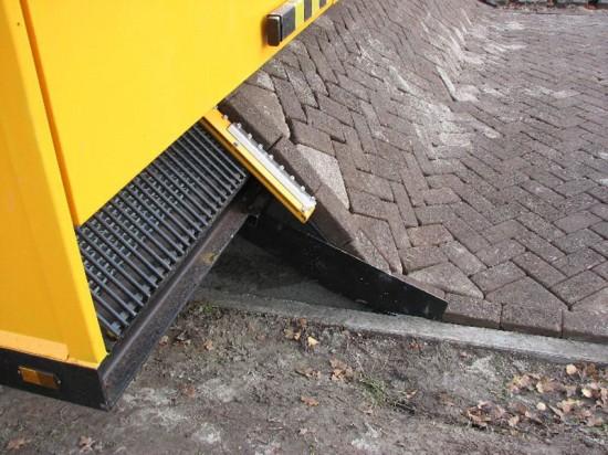 alitampouras.blogspot.gr - Tiger Stone: Η καταπληκτική μηχανή για τοποθέτηση οδοστρώματος από τούβλα!