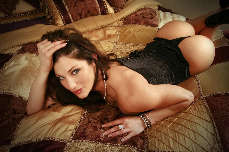 Сексуальные игры онлайн в постели смотреть 11 фотография