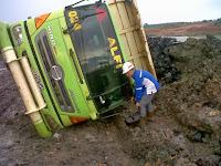 Insiden Dump Truk