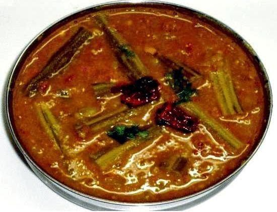 drumstick brinjal sambar in a serving plate