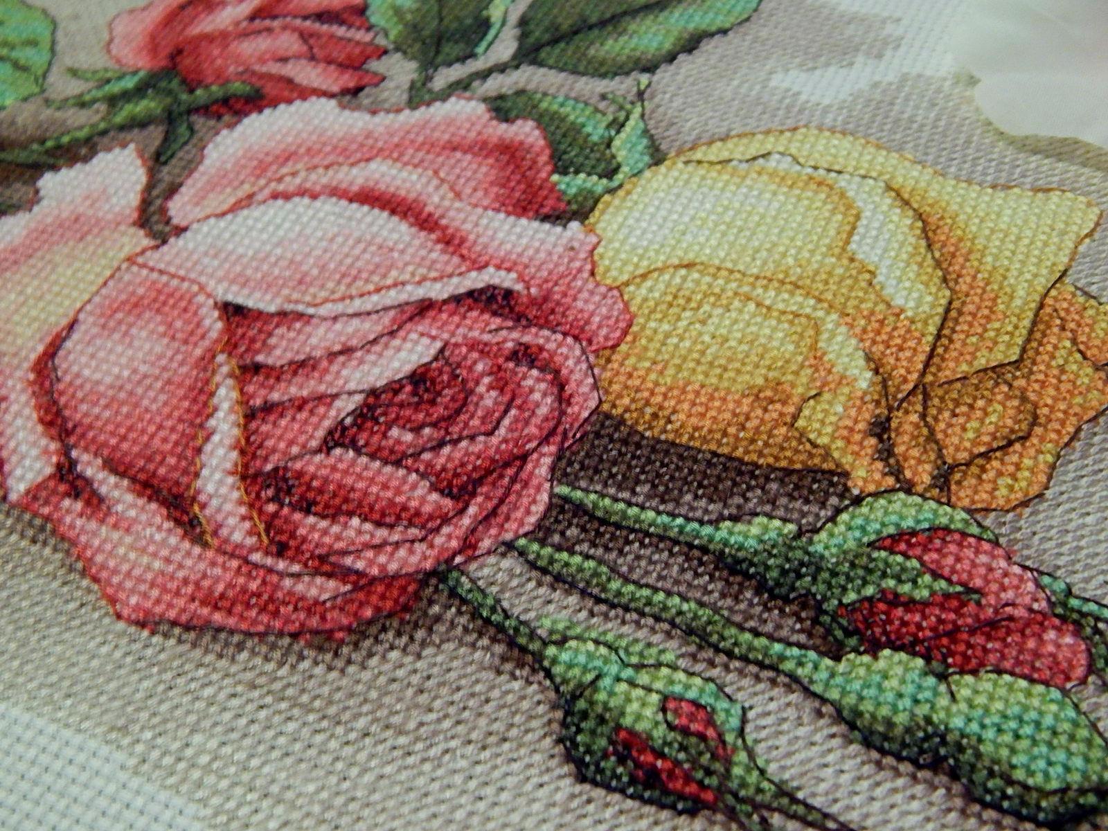 Вышивка срезанные розы дименшенс 48