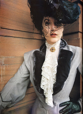 an analysis of the role of fashion in the house of mirth by edith wharton Edith wharton's novel the house of mirth is not everyone's idea anderson in the main role of who want root-and-branch reform of ailing fashion.