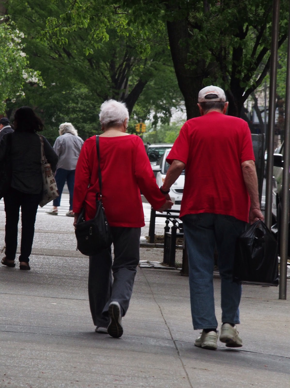 Holding Hands #frombehind #holdinghands #NYC 2014