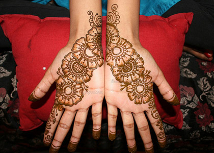 Simple Arabic Henna Mehndi Designs