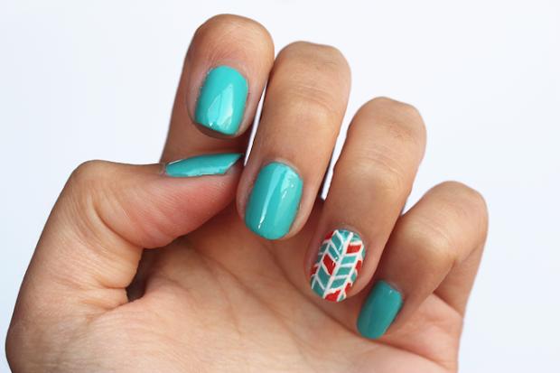 diy herringbone nail art - curly