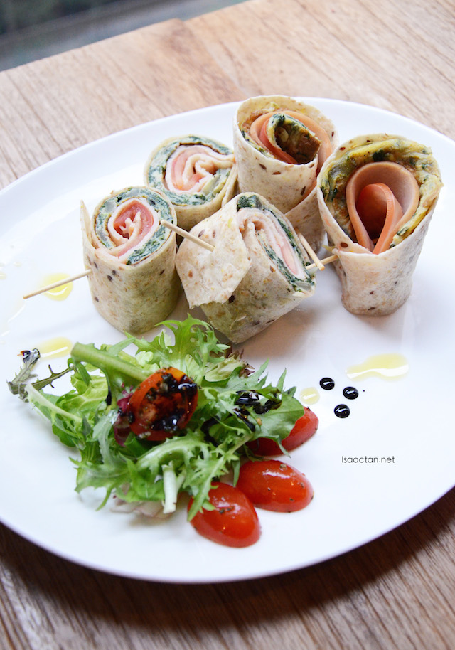 Turkey Ham & Spinach Frittata in 6 Grains Wrap