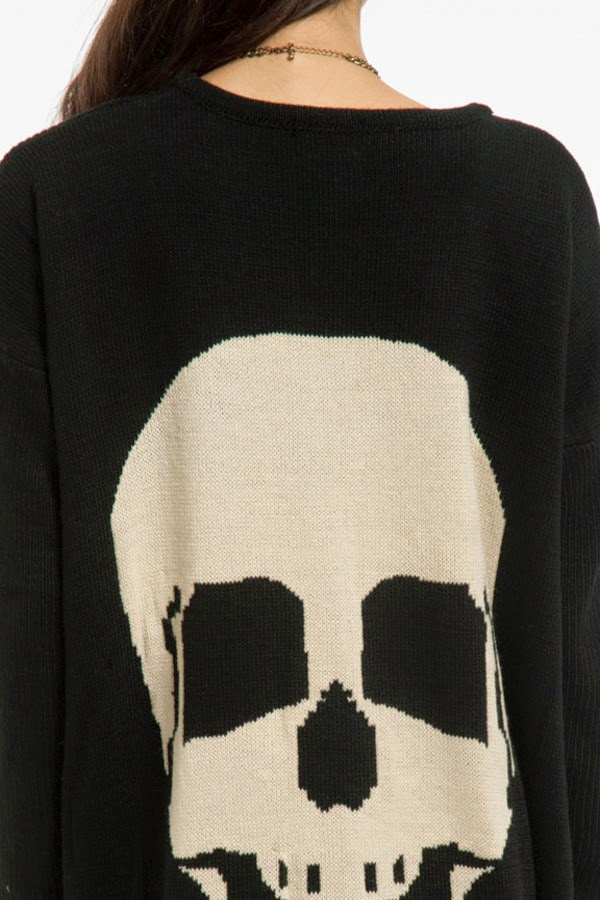 WOMAN'S LONG BLACK CARDIGAN WITH SKULL