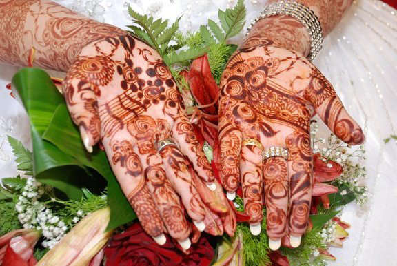 Yuniqueparadise Readystocks Mehndi Designs 2011