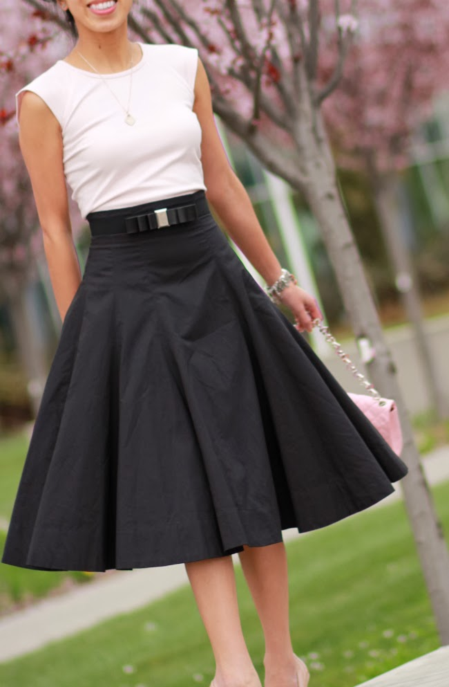 romantic romance full black skirt vintage look