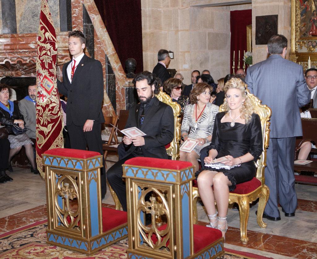 http://1.bp.blogspot.com/-7_QKkOCkuo4/T6tvyZSCBwI/AAAAAAAADJE/TzBT4G2br7Y/s1600/02+reyes+cristianos+y+alf%C3%A9rez+del+bando.jpg