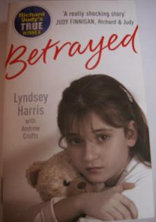okładka Betrayed