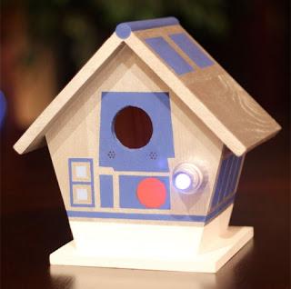 r2d2 bird house