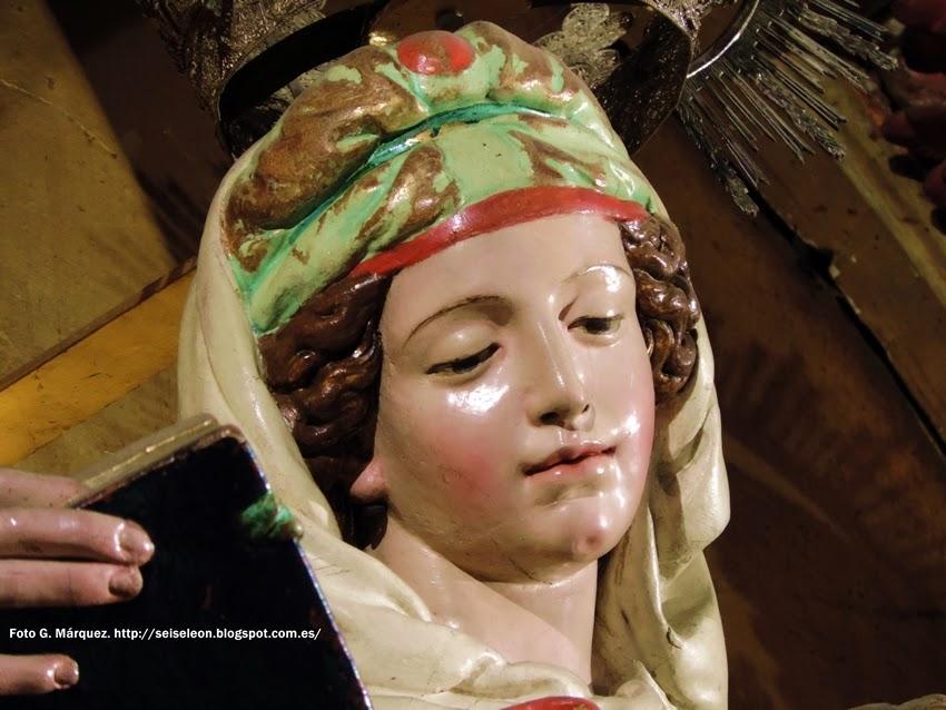 Nuestra Señora del Rosario. Juan de Juni. León. Foto G. Márquez
