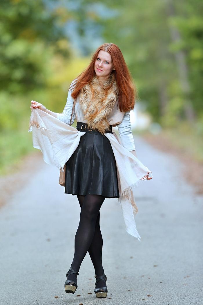 jana minaříková, svetr, dressin, watch with cat face, česká blogerka