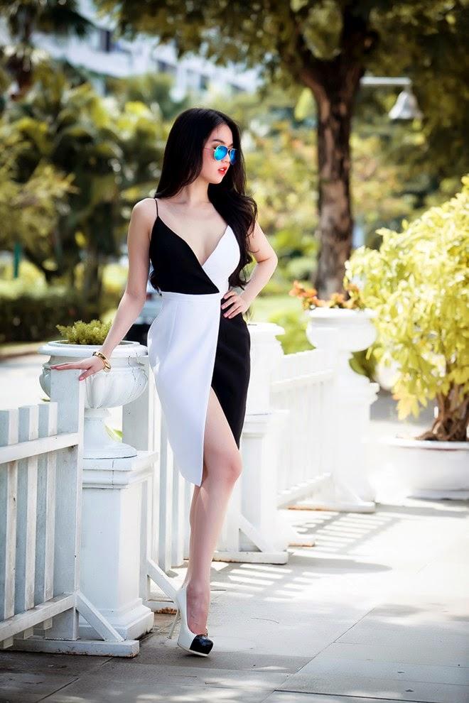 Ngọc Trinh trắng xinh gợi cảm quyến rủ
