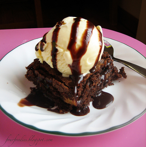 Mom's Peace Bites: Brownies and Ice Cream