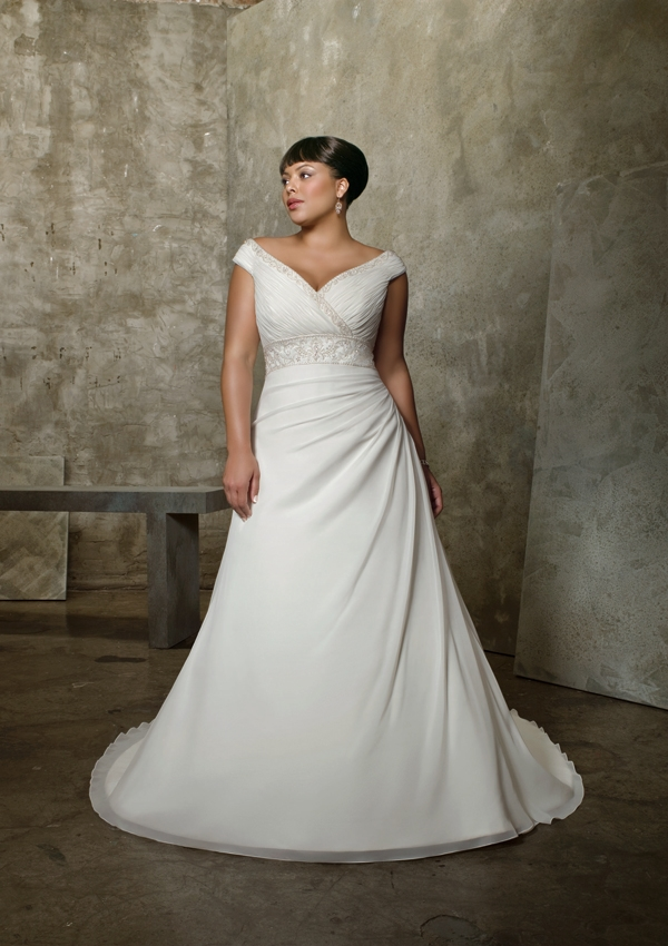 Dressybridal wedding dresses for full figured women for Wedding dresses for big busted women