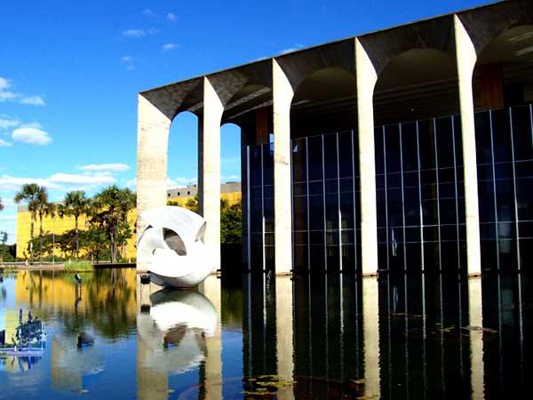 Brasilia - 51 anos
