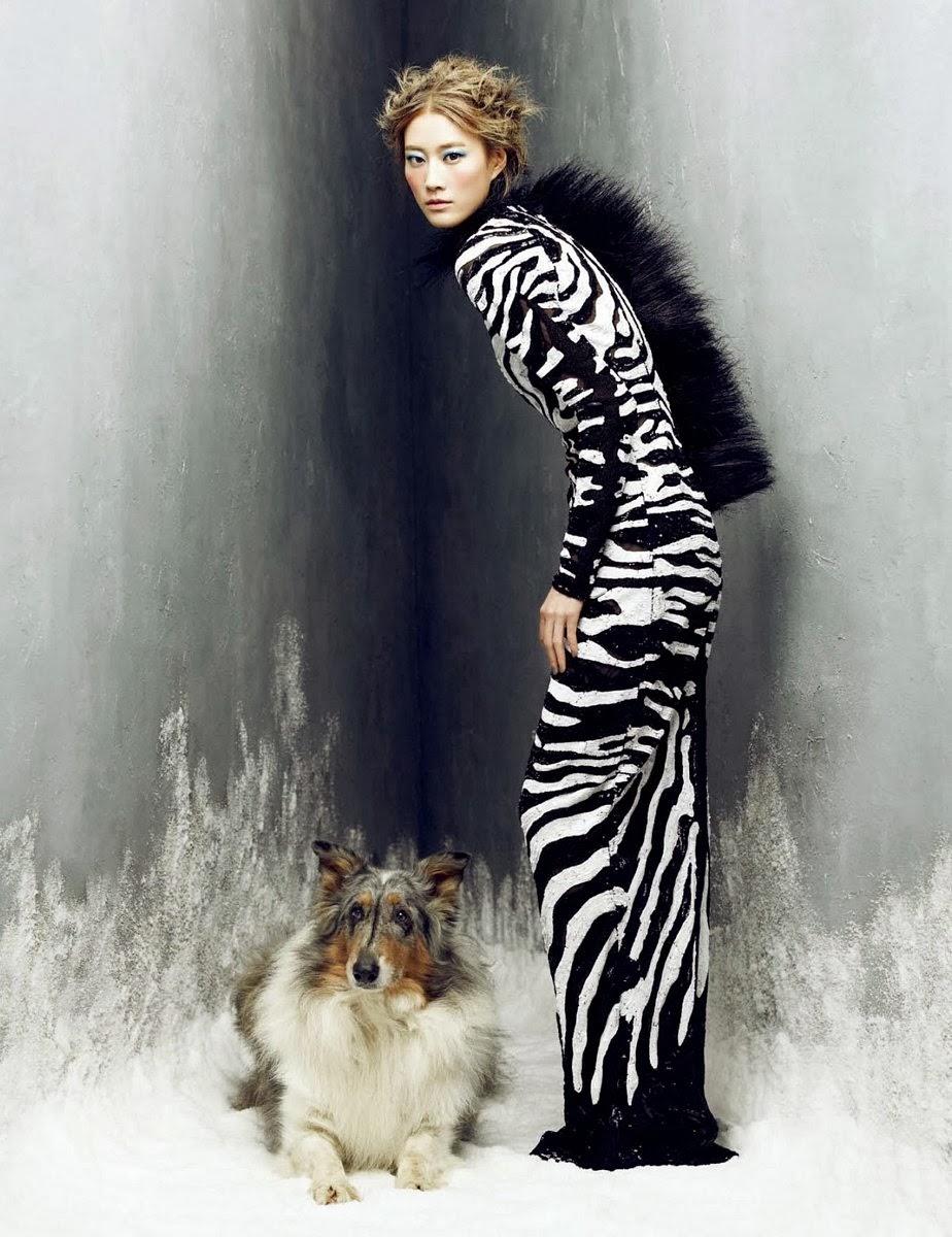 Magazine Photoshoot : Lee Hyun Yi Photoshot For Harper's Bazaar Magazine Korea January 2014 Issue