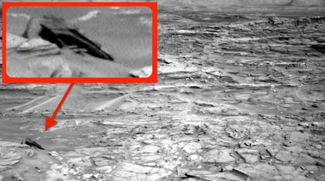 "Star Wars ""Star Destroyer"" Spotted on Planet Mars"