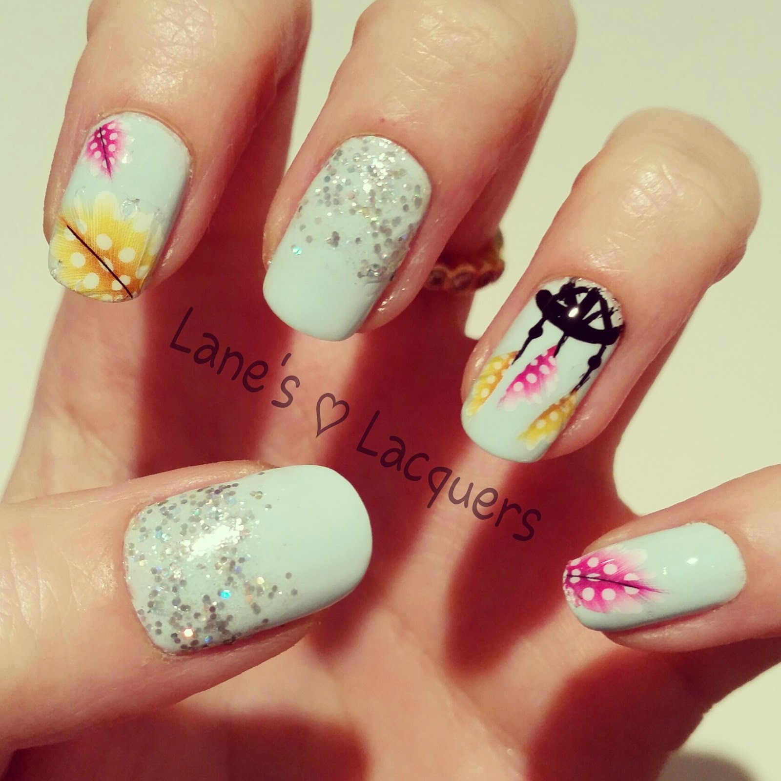 boho-dream-catcher-feathers-glitter-pastel-nail-art