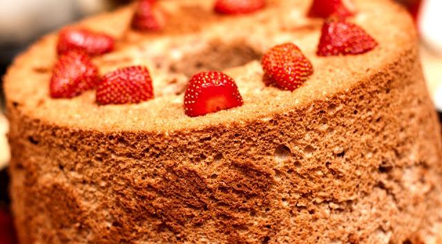 Ciambellone al Cioccolato Fondente - Ricetta Senza Burro
