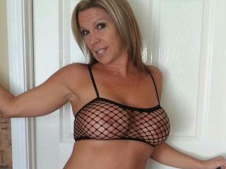 Web Cam Girls MeganCopper Profile