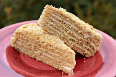 طريقة عمل كيكة العسل الروسية, طريقة عمل كيكة العسل, عمل كيكة , كيكة العسل الروسية,  الكيكة الروسية