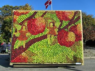 Mosaik af æbler