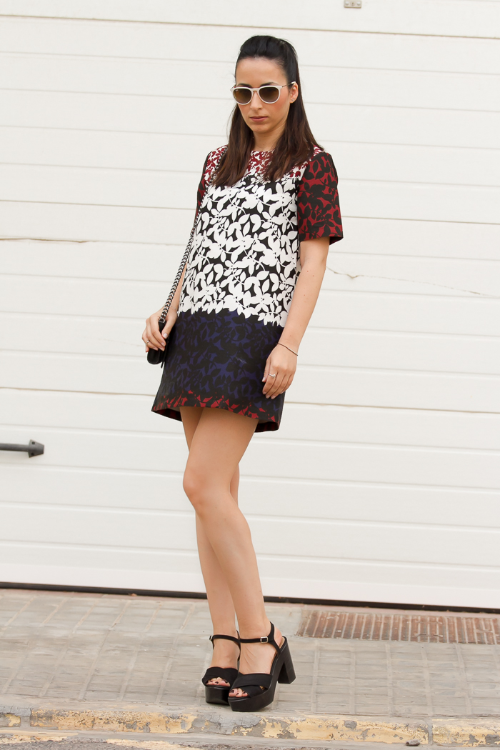 Streetstyle leaves print mini dress