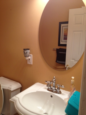 here 39 s what my bathroom looked like before can you say u g l y