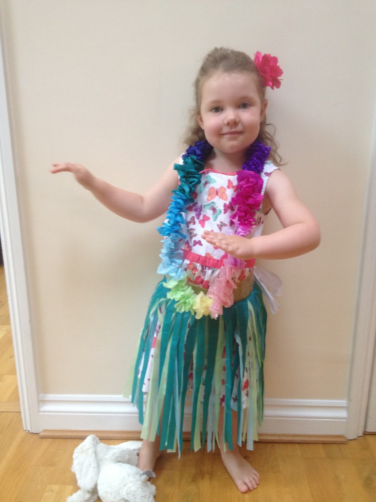 ... people liked her costume and knew what it was representing whew admittedly the tissue paper strands · kids hawaiian ...  sc 1 st  Best Kids Costumes & Kids Hawaiian Costumes - Best Kids Costumes