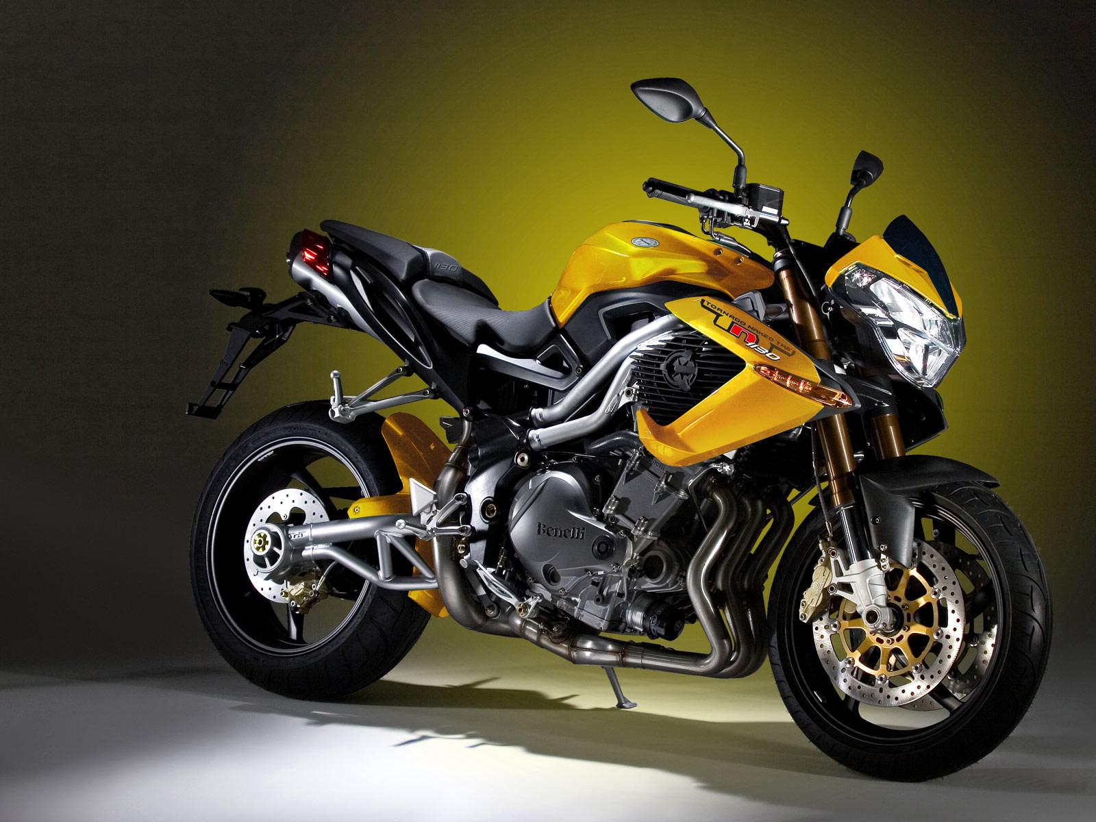 http://1.bp.blogspot.com/-7cSbQEZCWuU/Tr2wFJ0q0OI/AAAAAAAADrI/Q6LcDhK3dkg/s1600/2006_benelli_tnt_tornado_naked_tre_motorcycle-desktop-wallpaper_1.jpg