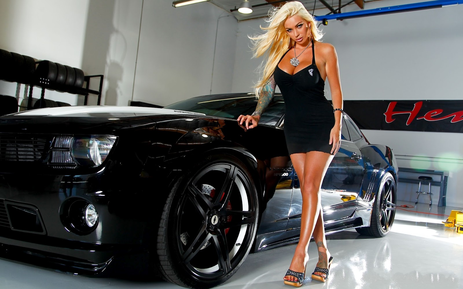 Mujeres Y Carros Megan Pictures   car automotive