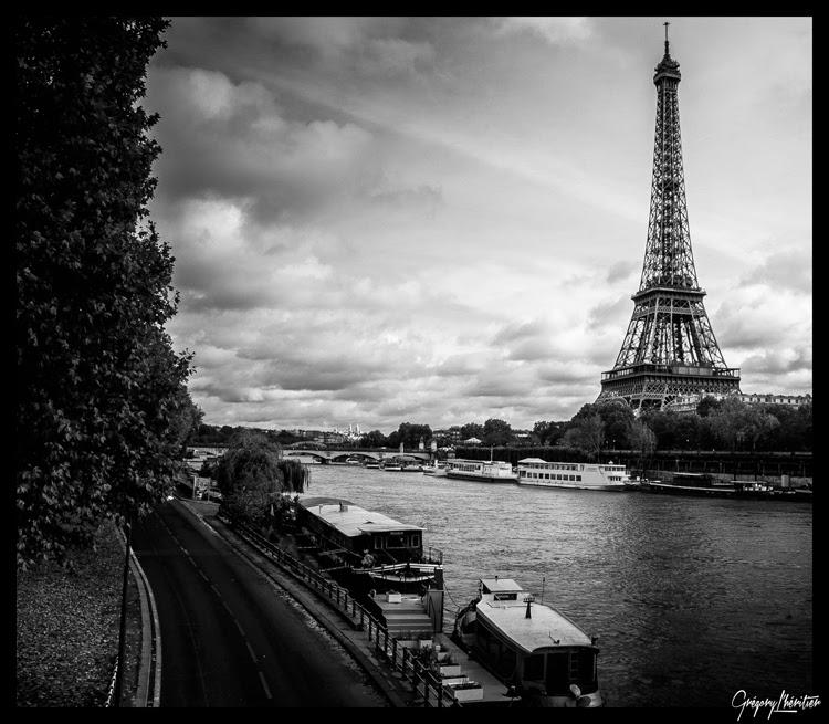 http://lg-photographe.blogspot.fr/2013/12/blog-post_9041.html