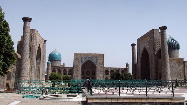 Uzbekistán, Samarcanda - plaza de Registán