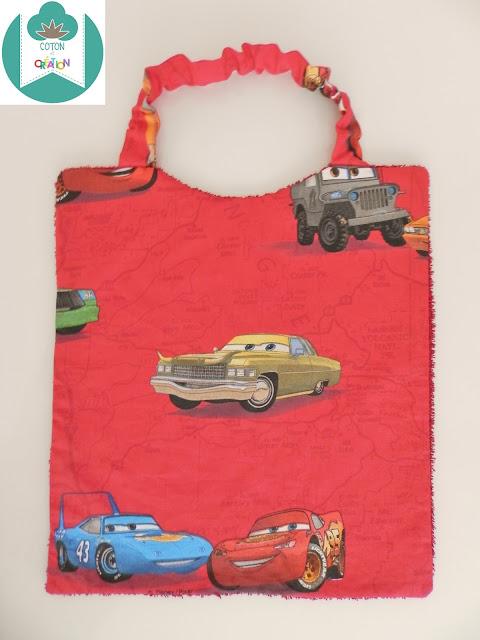 Coton et Création : Serviette élastiquée Cars