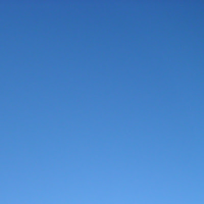 Sky Blue iPad Wallpaper