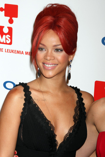 rihanna hair 2011 pics. rihanna red hair 2011. rihanna