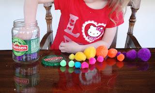 preschooler sorting, practice math, color practice