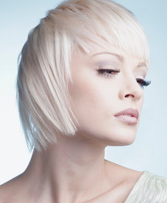 Glam Medium Layered Haircut Ideas for Fall-by Beverly C