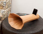 iPhone acoustic wooden amplifier decaphone