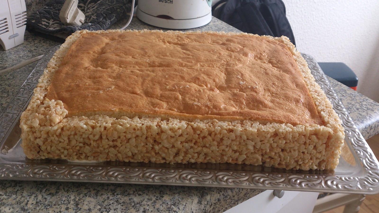 Indelukket kage med rkt
