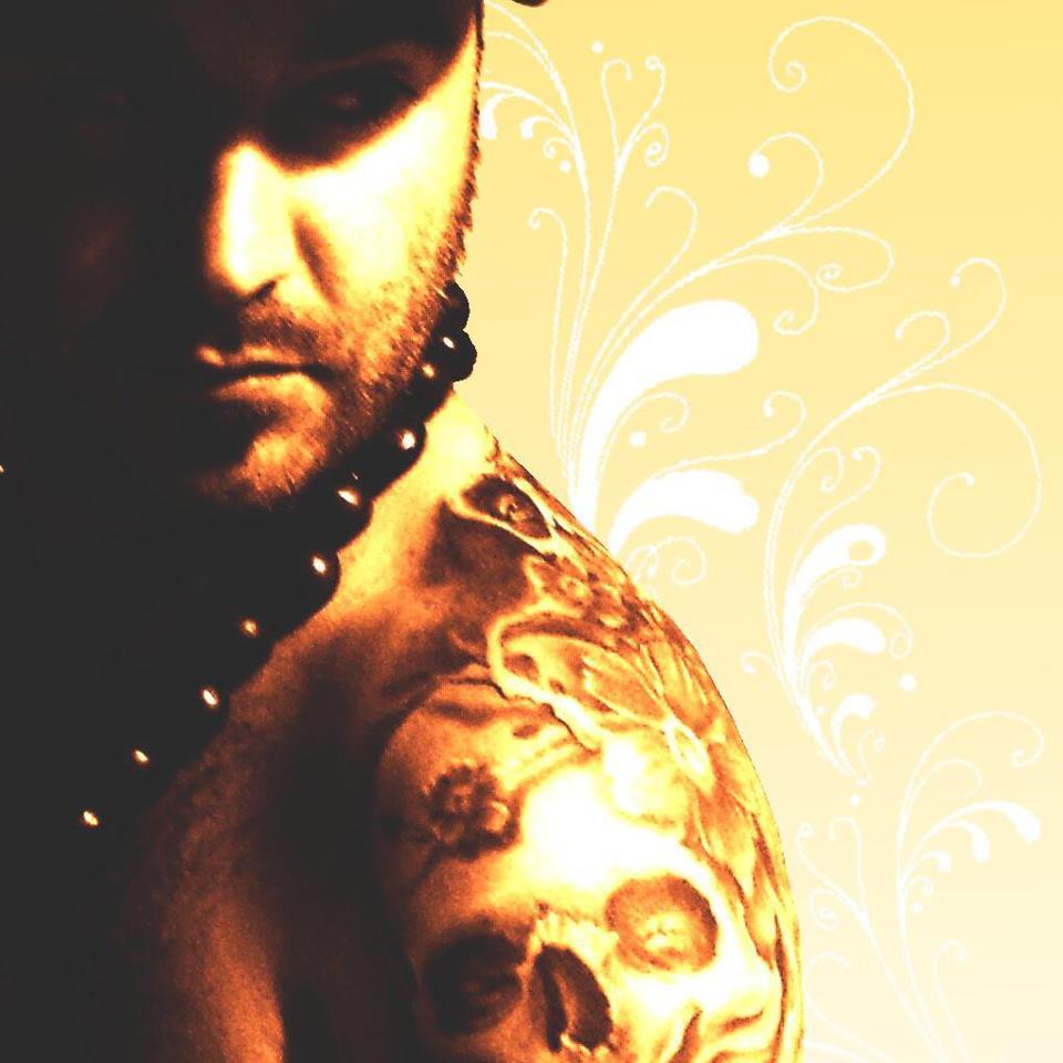 Kiki tattoo un artista en el paraje natural de castellar for Kiki tattoo artist